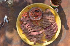 Bavette met smokey red chimichurri - Recept - Allerhande