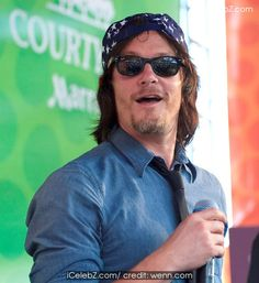 Norman Reedus Comic-Con International: San Diego 2014 - 'The Walking Dead' press conference http://www.icelebz.com/events/comic-con_international_san_diego_2014_-_the_walking_dead_press_conference/photo7.html