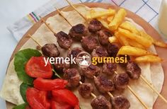 Şiş Köfte Tarifi - http://www.yemekgurmesi.net/sis-kofte-tarifi.html
