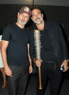 Andrew Lincoln & Jeffrey Dean Morgan at The Walking Dead panel at SDCC, 2016
