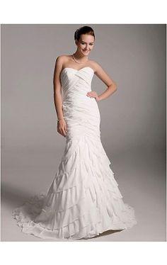 Tiered Trumpet / Mermaid Court Train Chiffon Wedding Dress with Ruffles
