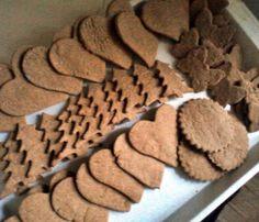 Mézeskalács zabpehelylisztből, diétásan Cookies, Eat, Desserts, Food, Crack Crackers, Tailgate Desserts, Deserts, Biscuits, Essen