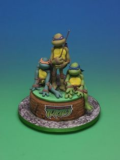 TMNT Cake - For all your cake decorating supplies, please visit craftcompany.co.uk