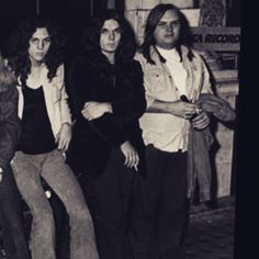 Allen. Gary. Ed Rock And Roll Bands, Rock N Roll Music, Gary Rossington, Ed King, Lynard Skynard, Allen Collins, Ronnie Van Zant, Skinhead, Blues Rock