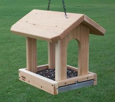 - Slide out removable aluminum screen bottom for easy cleaning and drainage. - Can be post mounted - Size: W x D x H - Weight 5 lbs. Wood Bird Feeder, Bird Feeder Plans, Bird House Feeder, Homemade Bird Houses, Homemade Bird Feeders, Bird Houses Diy, Woodworking Box, Easy Woodworking Projects, Woodworking Furniture