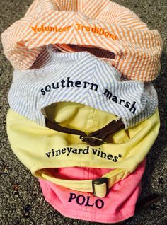 Love the blue/white pin stripe Southern Marsh and the yellow Vineyard Vines 💛 Preppy Southern, Southern Marsh, Southern Belle, Southern Prep, Southern Shirt, Southern Tide, Preppy Girl, Preppy Style, My Style
