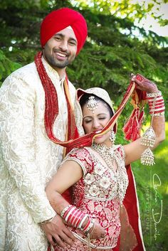 Sikh Wedding in Canada Shaadi Belles : Search, Save, & Share your South Asian Inspiration Sikh Wedding, Punjabi Wedding, When I Get Married, I Got Married, Indian Suits, Indian Dresses, Indian Costumes, Wedding Designs, Wedding Ideas