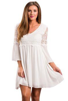 84b1ef463121 US  8.97 White Dreamy Lace Top Elegant Swing Dress Fashion Mode