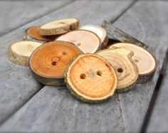 wooden buttons – Etsy FR