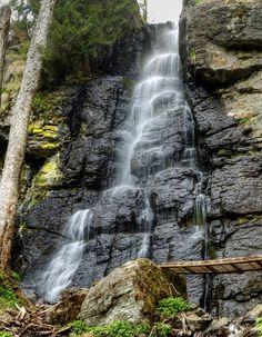 Vodopád Bystrô, Slovenské stredohorie