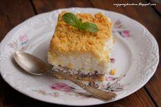 moje pasje: Ciasto z jogurtów greckich z konfiturą porzeczkową