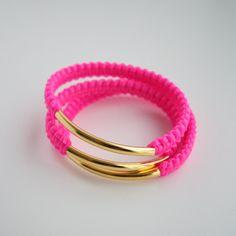 helloberry bracelet