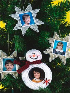 Plastic Canvas - Special Occasions - Christmas - Christmas Photo Ornaments - #FP00562