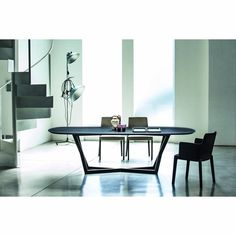 Belfast Oval Dining Table