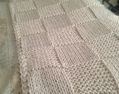 Chunky Cream Hand Knitted Blanket / Double and King Size Bed Throw Knitted Afghans, Knitted Blankets, Crochet Motifs, Knit Crochet, King Size Bed Throws, Extreme Knitting, Hand Knit Blanket, Satin Bedding, Spinning Yarn