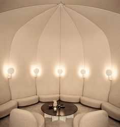 Raised lounge nook for bedroom turret. --------- The smoking lounge Pierre Paulin created for Georges Pompidou's Palais de l'Élysée in featuring his lighting, table, upholstered walls and, in the foreground, his Élysée chairs. Interior Architecture, Interior And Exterior, Modern Interior, Pierre Paulin, Art Deco Stil, Booth Seating, Banquette Seating, Lounge Seating, Modern Lighting Design