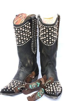 Old Gringo Leigh Anne Boots - beautiful, cowgirl boots, western wear, unique, beads, distressed, black leather, 13 inch shaft boot