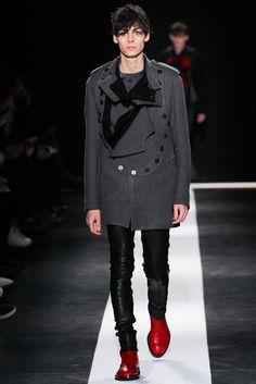 I kind of like this color combo of heather grey on top, black on the bottom and red shoes  Ann Demeulemeester Fall 2015 Menswear - Collection - Gallery - Style.com