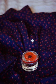 Flower In The Air : le nouveau parfum Kenzo - Trendy Mood - Magazine Lifestyle Parfum Flower, Kenzo Parfum, Flower By Kenzo, Red Perfume, Poppy, Mood, Engagement, Flowers, Beauty