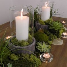 DIY: Fancy table decoration in a natural look - Diy Fall Decor Diy Candles, Pillar Candles, Candels, Christmas Crafts, Christmas Decorations, Concrete Projects, Diy Projects, Deco Floral, Diy Décoration