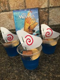 Cute, easy, fun ideas for a Moana themed movie day! Including themed food, crafts and activities. Perfect for Disney Family Movie Night or a fun summer day! #disneymovie #moana #familymovienight #movietheme #disney #moanatheme #moanafood #moanacrafts #moanaactivities #summer #iammoana #disneymoana #disneytheme #disneycrafts #disneyfood #disneyactivities #easyactivities #familytime