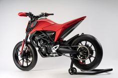 Honda Concept Makes Mini-Motos Great Again Honda Grom 125, Honda Grom Mods, Honda Grom Custom, Honda Dirt Bike, Honda Bikes, Honda Motorcycles, Vintage Motorcycles, Womens Motorcycle Helmets, Motorcycle Design