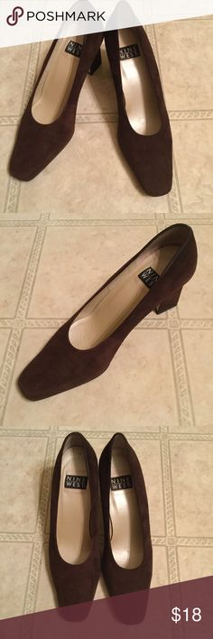 🍁Brown Suede Heels NINE WEST SIZE 9 1/2 These shoes are a dark brown suede shoe by Nine West size 9 1/2.  🚫NO TRADES!🚫 Nine West Shoes Heels