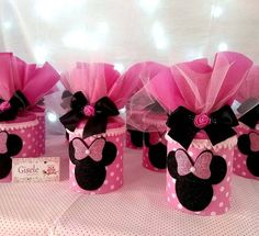 Minnie Mouse Birthday Decorations, Minnie Mouse 1st Birthday, Minnie Mouse Baby Shower, Fiesta Mickey Mouse, Mickey Mouse Parties, Mickey Minnie Mouse, Gift Card Bouquet, Barbie, Rosa Pink