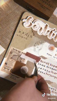 Bullet Journal Cover Ideas, Bullet Journal Banner, Bullet Journal Lettering Ideas, Bullet Journal Notebook, Bullet Journal School, Bullet Journal Inspiration, Bullet Journal Aesthetic, Journal Themes, Scrapbook Journal