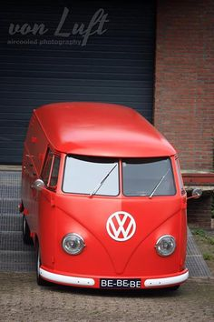 Red volkswagen bus