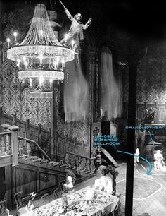 The Haunted Mansion Like You've Never Seen It [Part 2] - How The Ghosts Work In The Haunted Mansion :)