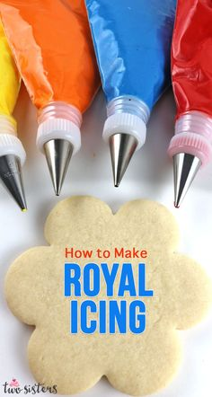 How to Make Royal Icing Learn How to Make Royal Icing - it's easier than you might think! This is a quick and easy recipe for Royal Icing that we use again and again for decorating cookies. Pin this easy Royal Icing recipe for later Sugar Cookie Icing, Cake Icing, Sugar Cookies Recipe, Iced Cookies, Cupcake Cookies, Owl Cookies, Cupcakes, Holiday Baking, Christmas Baking