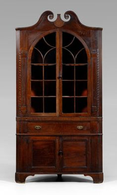 Davidson Co NC Swicegood corner cupboard w barberpole inlay
