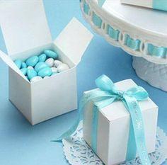 Azzuro in tutte le sue varianti....colore Must per il 2015....cosa ne pensate? www.tosettisposa.it Www.alessandrotosetti.com #abitidasposa #wedding #weddingdress #tosetti #tosettisposa #nozze #bride #alessandrotosetti