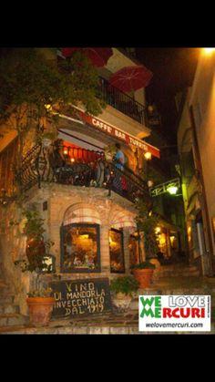 Bar Turrisi a Castel Mola in Sicilia Molto particolare e molto buono