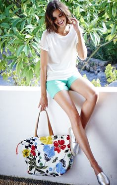 Shop Boden's Xmas Sale 2017 Womenswear collection available now. Get the latest Summer trends in women's clothing including tops, dresses, pants, swimwear and more. Sporty Chic, Spring Summer, Summer Fun, Easy Wear, Summer Trends, Boho Chic, Kids Outfits, Personal Style, Women Wear