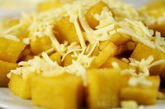 Veja aqui como preparar aPolenta FritaRápida com alguns ingredientes simples.  Ingredientes Polenta feita com fubá  1 colher (sopa) de manteiga 1 colher (chá) de alho picado 6