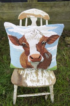 Search results for: 'farmhouse cow hooked pillow' - Junk GYpSy co. Down On The Farm, Lodge Decor, Diy Pillows, Farmhouse Chic, Inspired Homes, My Dream Home, Country Decor, Home Goods, Crafty
