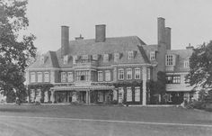 Demolished in 1949 as surplus to requirements. British Architecture, Classical Architecture, Architecture Plan, English Manor Houses, English House, Huge Houses, Old Houses, Castle Homes, Hall House