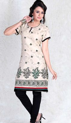 Kurtis are one of the most preferred ladies outfit in India. Choose from wide range of designer kurtis and ladies kurti designs in cotton, silk and chiffon. Ladies Kurti Design, Indian Tunic, Latest Kurti, Embroidered Tunic, Cotton Tunics, Printed Cotton, Party Wear, Short Sleeve Dresses, Tunic Tops