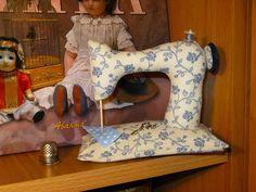 Игольница Швейная машинка