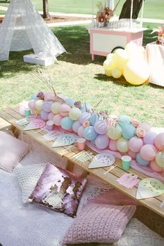 How to Decor a Garden Party? 30 Amazing Party Decoration Ideas You Must Try! - First Birthday Party - # Picnic Birthday, First Birthday Parties, Birthday Party Themes, Kids Party Themes, Sleepover Party, Slumber Parties, Party Box, Rainbow Birthday, Unicorn Party