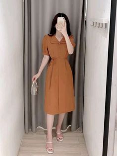 Simple Outfits, Pretty Outfits, Pretty Dresses, Casual Dresses, Casual Outfits, Fashion Dresses, Muslim Fashion, Wedding Dress Styles, Office Outfits