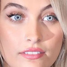 Paris Jackson, Fairy Wallpaper, Eye Close Up, What Makes You Beautiful, Beautiful Paris, Jackson Family, Models Makeup, Angel Eyes, Young Models