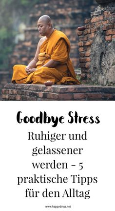 5 praktische Tipps für mehr Achtsamkeit im Alltag Exercises and tips for more relaxation, serenity and mindfulness in everyday life. More joie de vivre and less stress – that's how you succeed. Iyengar Yoga, Ashtanga Yoga, Yoga Inspiration, Citations Yoga, Salud Natural, Mental Training, Joy Of Life, Conscience, Yoga Quotes
