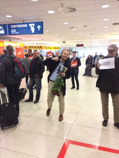 Arrived at Prague airport and was surprised to see Petr Eliáš, an editor at CooBoo, there to meet me with a half dozen roses and RoseBlood.  Felt like a rockstar! <3