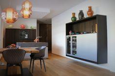 #eggersmann #modern #küche #kitchen #eiche #oak #küchenblock Modern, Furniture, Home Decor, Carpentry, Oak Tree, Trendy Tree, Decoration Home, Room Decor, Home Furnishings