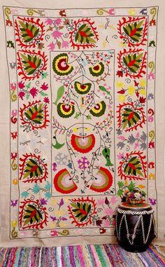 Suzani Throw , Suzani Bedspread , Suzani Tapestry , Suzani Wall Hanging , Twin Suzani Blanket Fabric Quilt , Handmade Indian Suzani Bedding