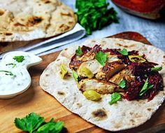 Haehnchen Chapatti #ChickenChapatti #Wrap #indisch #indian #Tandoori #redslaw #roterkrautsalat #joghurtsauce #cucumber #chapatti