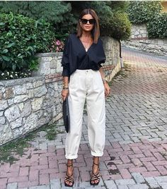 Spring Fashion Tips .Spring Fashion Tips Classy Outfits, Chic Outfits, Summer Outfits, Fashion Outfits, Fashion Tips, Fashion Trends, Fashion Quiz, Beautiful Outfits, Fashion Bloggers